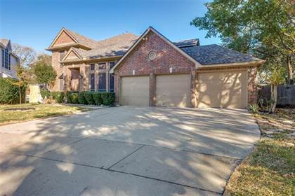 Residential for sale in 5703 Champion Court, Arlington, TX, 76017