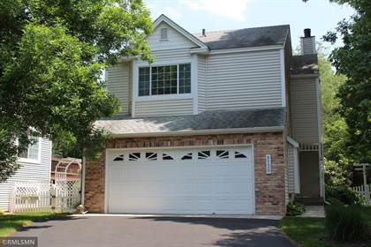Residential Property for sale in 5730 Donegal Drive, Shoreview, MN, 55126