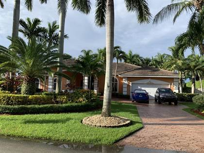 Residential Property for sale in 9820 SW 148th Ter, Miami, FL, 33176