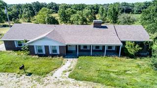 Farms, Ranches & Acreages for Sale in Spanish Lake, MO