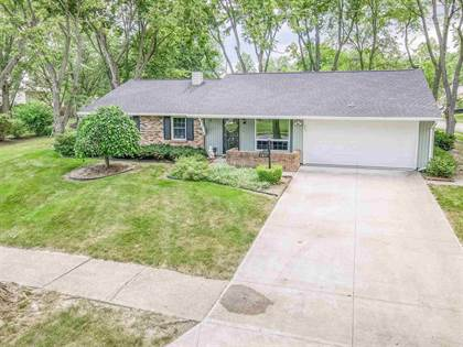 Residential for sale in 1317 Lake Forest Drive, Fort Wayne, IN, 46815