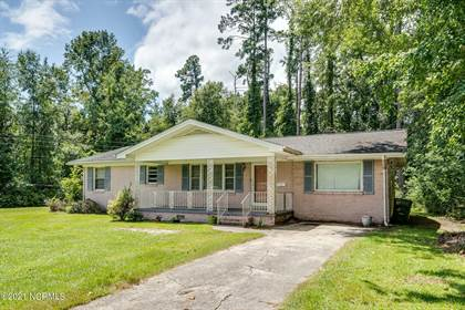 Residential Property for sale in 215 N Orange Street, Wallace, NC, 28466
