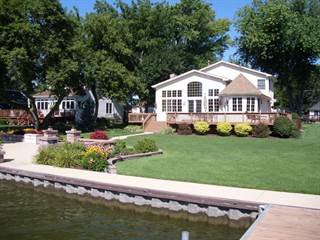 Single Family for sale in 2024 Orchard Beach Road, McHenry, IL, 60050