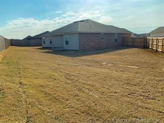Single Family for sale in 3934 S 148th Place E, Tulsa, OK, 74134