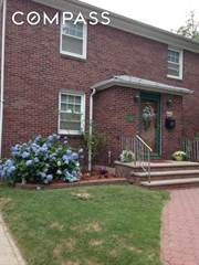 Townhouse for rent in 297 Otis Avenue 1, Staten Island, NY, 10306