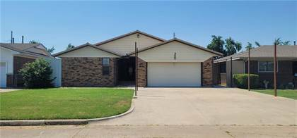 Residential Property for sale in 924 Holoway Drive, Midwest City, OK, 73110
