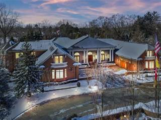 Beverly Hills Mi Luxury Real Estate Homes For Sale Point2 Homes
