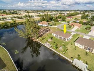 Single Family for sale in 504 SW 11th PL, Cape Coral, FL, 33991