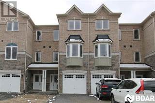 Single Family for rent in 402 CENTRE Street, Essa, Ontario