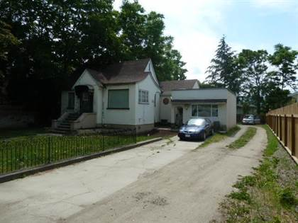 Single Family for sale in 757 Harvey Avenue,, Kelowna, British Columbia, V1Y6E2