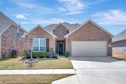Residential for sale in 5860 Brightfield Road, Fort Worth, TX, 76137