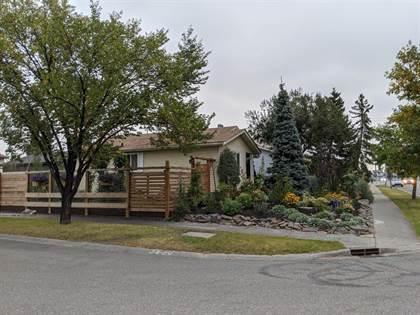 Single Family for sale in 6808 43 Avenue NE, Calgary, Alberta, T1Y5P2
