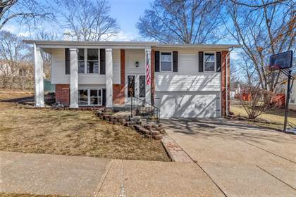 Residential Property for sale in 617 Hickory Knoll, Ballwin, MO, 63021