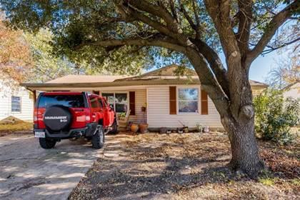 Residential for sale in 1611 Arbor Lane, Arlington, TX, 76010