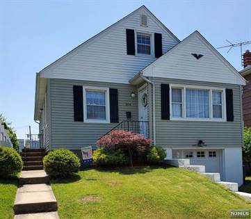 Residential Property for sale in 204 Floral Lane, Carlstadt, NJ, 07072