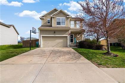 Residential Property for sale in 11504 E 207th Circle, Peculiar, MO, 64078