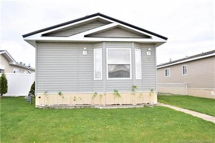 Residential Property for sale in 53 Meadowplace Crescent E, Brooks, Alberta, T1R 0R5