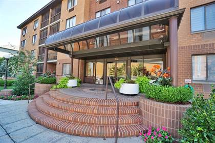 Residential Property for sale in 75 Essex Drive 2j, Staten Island, NY, 10314