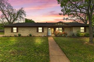 Single Family for sale in 1022 Harbor Lakes Drive, Granbury, TX, 76048