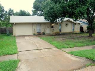 Single Family for sale in 918 Las Palmas Drive, Grand Prairie, TX, 75052