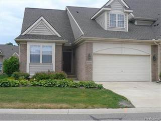 Condo for rent in 32924 BROOKSIDE Circle, Livonia, MI, 48152