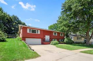 Single Family for sale in 2807 Eastwood Dr, Iowa City, IA, 52245