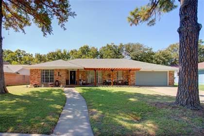 Residential Property for sale in 1808 Elmhurst Drive, Arlington, TX, 76012