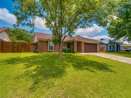 Residential for sale in 4915 S Prairieview Court S, Arlington, TX, 76017
