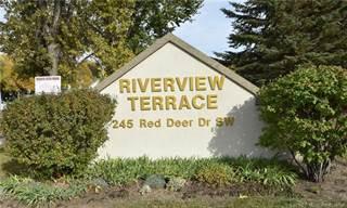 Condo for sale in 245 Red Deer Drive SW 103, Medicine Hat, Alberta