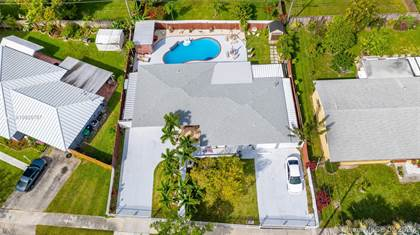 Residential for sale in 15910 SW 101st Ave, Miami, FL, 33157