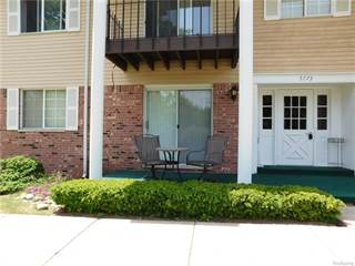 Condo for sale in 5273 HIGHLAND Unit 107, Waterford Township, MI, 48327
