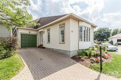 Condominium for sale in 178 SILVERBIRCH Boulevard, Hamilton, Ontario