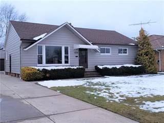 Photo of 1528 Algiers Dr, Mayfield Heights, OH