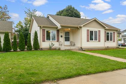 Residential Property for sale in 1019 De Koven Ave, Racine, WI, 53403