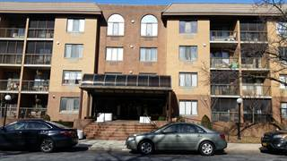 Apartment for sale in 120 Wellington Court 2e, Staten Island, NY, 10314