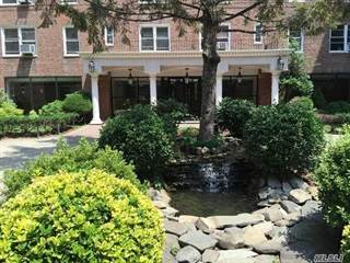 Co-op for sale in 105-38 63rd Dr 3M, Forest Hills, NY, 11375