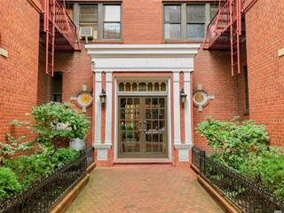 Co-op for sale in 35-20 73rd St 1L, Jackson Heights, NY, 11372
