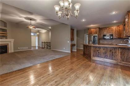 Residential Property for sale in 1337 NE Kenwood Drive, Lee's Summit, MO, 64064