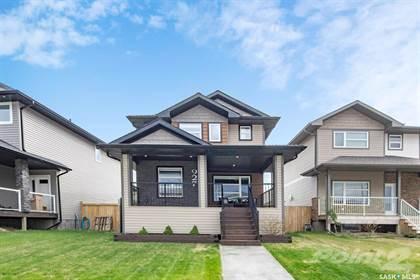 Residential Property for sale in 927 Kloppenburg CRESCENT, Saskatoon, Saskatchewan, S7W 0P2