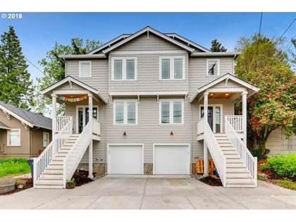 Multifamily for sale in 2028 SE HAROLD ST, Portland, OR, 97202