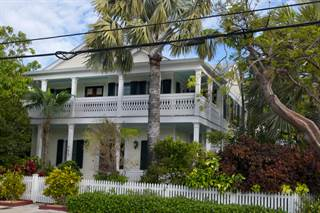 Single Family Homes For Sale In Old Town Key West Fl Point2 Homes