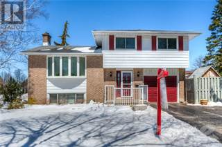 Single Family for sale in 98 LAURENTIAN Drive, Kitchener, Ontario