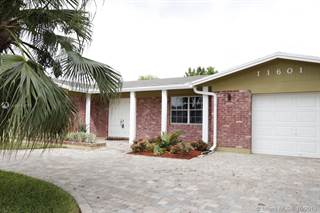 Photo of 11601 NW 15th Ct, Pembroke Pines, FL