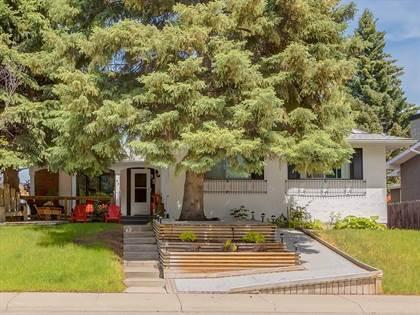 Single Family for sale in 95 PALIS WY SW, Calgary, Alberta, T2V3V5