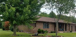 Single Family for sale in 104 Dogwood, Carrollton, IL, 62016