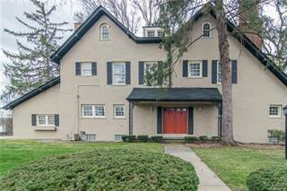 Townhouse for sale in 160 E LONG LAKE Road, Bloomfield Hills, MI, 48304