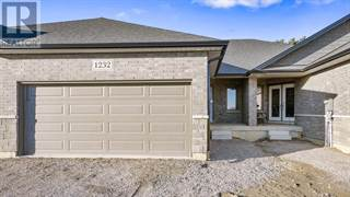 Single Family for rent in 3613 HALLEE, Windsor, Ontario, N8R0A5