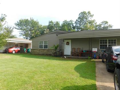 Residential for sale in 1006 E G Street, Russellville, AR, 72801