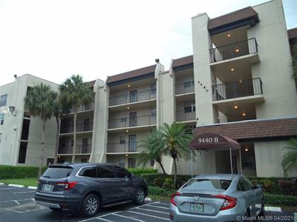Residential Property for sale in 9440 Poinciana Pl 302, Davie, FL, 33324