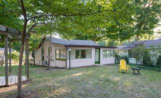 Single Family for sale in 6824 High Street, Paw Paw Lake, MI, 49038